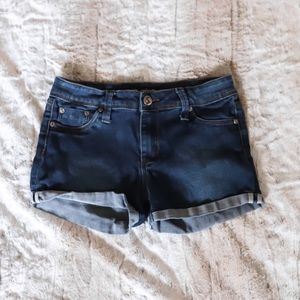 TILLY'S • DENIM SHORTS